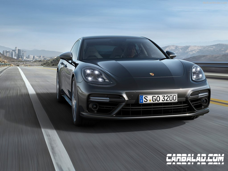 PorschePanamera2017Light